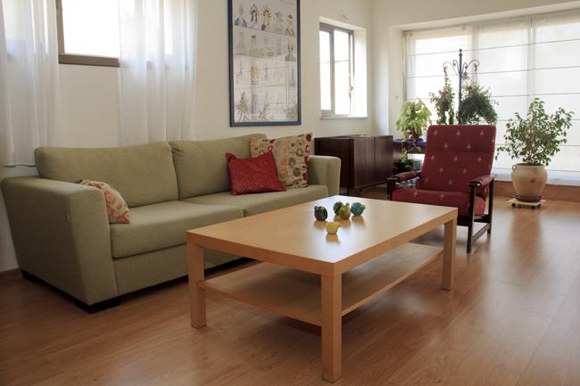 צעיר תיווך אריאל | דירות למכירה והשכרה בתל אביב YU-41